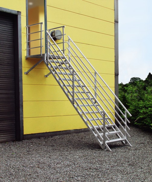 Aluminium trappen prijzen for Stalen trap maken